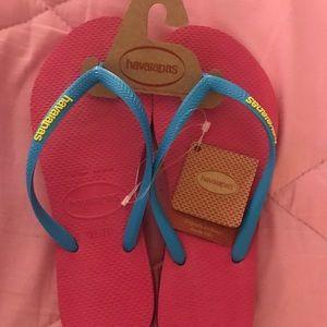 Havaianas foot flops